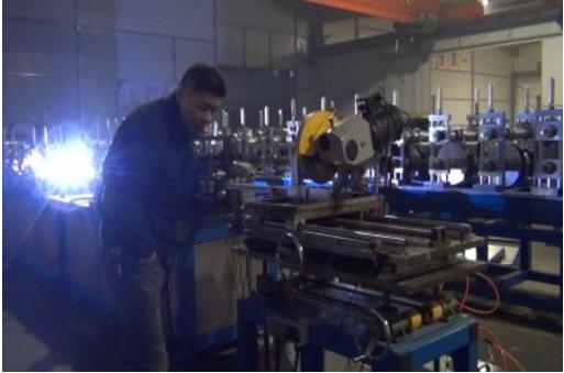SMORE自动焊接辊压成型生产线